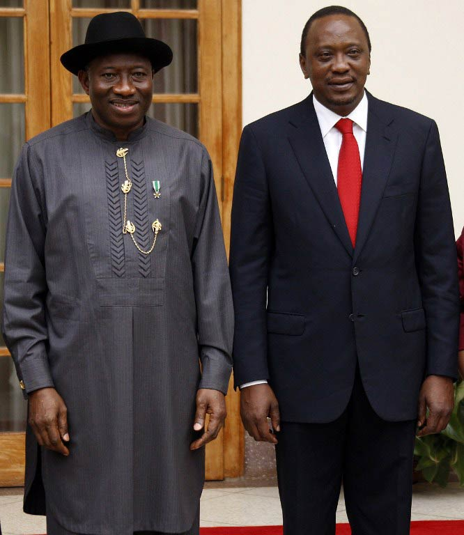 Nigerian President Goodluck Jonathan (L) and Kenyan President Uhuru Kenyatta. (Pic: AFP)