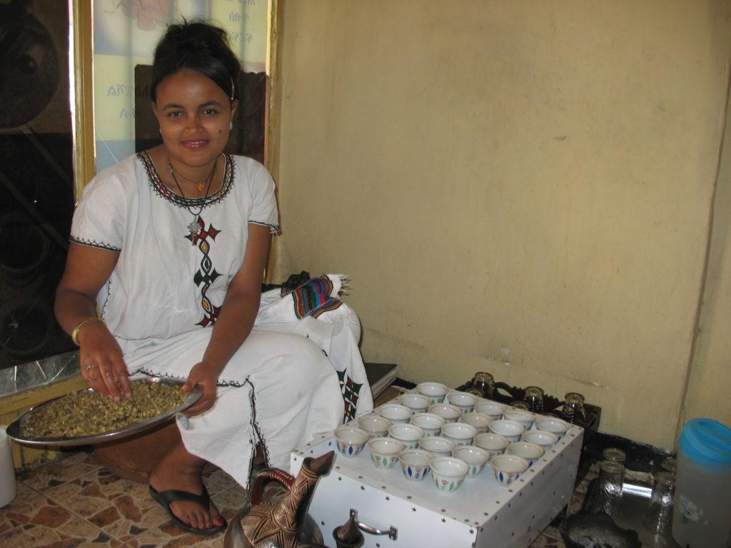 Elleni preparing coffee for her customers. (Pic: Arefaynie Fantahun)