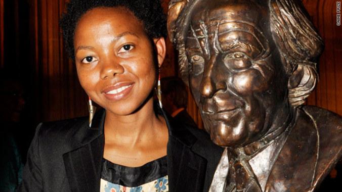 NoViolet Bulawayo. (Caine Prize)